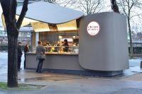 Street food. A Parigi arriva Choux d'enfer e offre bignè farciti al momento, made by Alain Ducasse e Christophe Michalak - Gambero Rosso