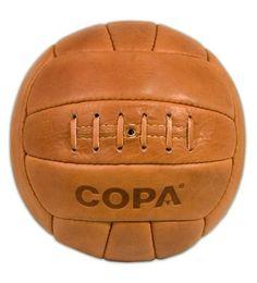 COPA Retro Football Classic Leather Vintage Old School ball Copa Football, Football Shop, Retro Football, Football Cards, Football Shirts, Das Wunder Von Bern, Soccer Art, Everton Fc, Wash Bags