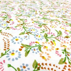 Floral cot bed fitted sheet | Lulu and Nat