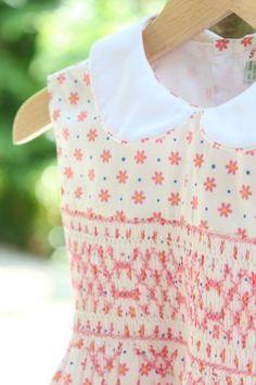 ピンクとパープルのお花畑スモッキングワンピース-JiJi-