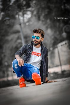 Cool Boy New Poses Pic Photography Poses Poses for boy - All In One Only For You (Aioofy) Portrait Photography Men, Photography Poses For Men, Photography Jobs, Photography Degree, Photography Composition, Photography Backgrounds, Photography Basics, Digital Photography, White Photography