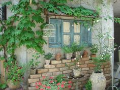 If you don't have a brick wall. Garden Nook, Garden Art, Garden Design, Home And Garden, Garden Structures, Garden Paths, Garden Landscaping, Turquoise Cottage, Balcony Plants