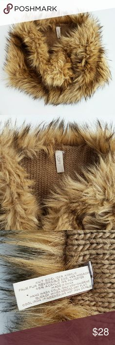 Ann Taylor Loft Faux fur and sweater knit cowl Luxurious and soft faux fur with chunky sweater knit at inside...Perfect accessory for a cold day! Great condition.  Poshmark transactions only,  open to offers via the offer button. Thanks for looking! Ann Taylor Accessories Scarves & Wraps