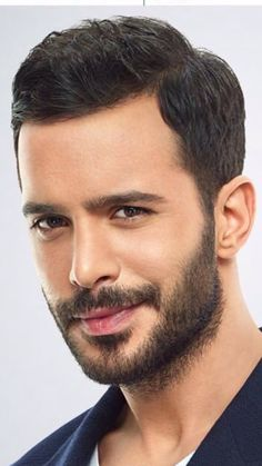 Baris Arduc- very good actor! Turkish Men, Turkish Beauty, Turkish Actors, Elf Make Up, Beard Styles For Men, Hair And Beard Styles, Laura Geller, Eyebrows, Most Handsome Actors