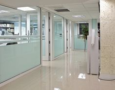 We have best services of partitioning and cladding in Lagos. Our partition services is being used by many companies as our quality is best. Cheap Room Dividers, Office Divider Walls, Office Furniture Design, Modern Office Cubicle, Modular Walls, Folding Walls Dividers, Office Partitions Wall, Office Partition, Office Floor Plan