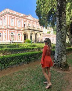 Aquela passadinha no Museu Imperial pra sonhar com as joias das princesas tuuuudo💍👑. . É um dos museus mais visitados do Brasil e, pra mim,…