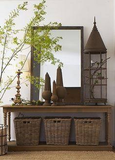 I love creating accessory vignettes. It's all about staging / coordinating different heights, textures, & shapes, while displaying your favorite things. Mostly, t's a fun way to personalize your own living space. Decoration Hall, Table Decorations, Vibeke Design, Interior Decorating, Interior Design, Cool Ideas, Vignettes, Beautiful Homes, Beautiful Life