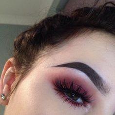 Like the eye shadow