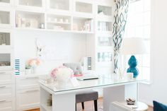 This little spot is where preppy accents and peonies mingle; where storage is bountiful, the bar cart is stocked to the gills and fab reading material is at the ready. It's also where Lacoya, the wedding and event planner behind Hello Love Home Office Space, Small Office, Home Office Design, Home Office Decor, Home Decor, Office Ideas, Office Spaces, Office Inspo, White Office