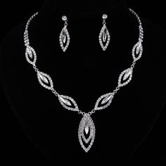 TREAZY Clear/Royal Blue Crystal Bridal Jewelry Sets Leaf Design Elegant Choker Necklace Earrings Set for Women Wedding Jewelry Diamond Necklace Simple, Leaf Necklace, Bridal Jewelry Sets, Wedding Jewelry, Bridal Jewellery, Jewelry Box, Jewlery, Stylish Jewelry, Fashion Jewelry
