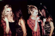 Eliza Jane Taylor and Marie Avgeropoulos || The 100 cast || Clarktavia || Octavia Blake and Clarke Griffin