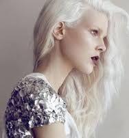 Resultado de imagen de belleza en pelo blanco o platino