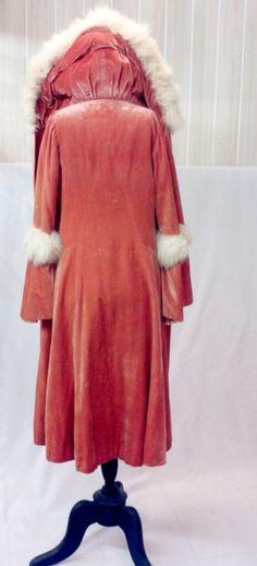 1920's velvet silk coat with big fur collar via Etsy