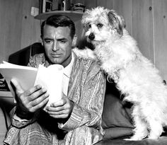 5 Things You May Not Know About Cary Grant Like that today is his birthday. Happy Birthday to the legend Cary Grant. He wasn't actually Cary Grant… Cary Grant or Arc… Golden Age Of Hollywood, Vintage Hollywood, Hollywood Stars, Classic Hollywood, Hollywood Glamour, Cary Grant, Classic Movie Stars, Classic Movies, People Reading