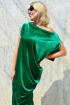 New in our shop! Velvet Green Kaftan, Asymmetrical Maxi Kaftan, Green Velvet Caftan, Velvet Dress, Elegant Velvet Dress TDK273 by TEYXO https://www.etsy.com/listing/535640832/velvet-green-kaftan-asymmetrical-maxi?utm_campaign=crowdfire&utm_content=crowdfire&utm_medium=social&utm_source=pinterest