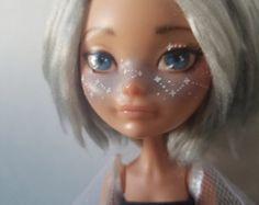 Ähnliche Artikel wie Monster-hohe repaint OOAK Kunst Puppe---Fawna (Isi-Darwndancer) auf Etsy