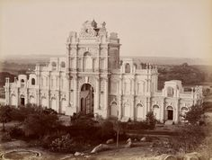 [Gateway, Faluknuma Palace]; Lala Deen Dayal (Indian, 1844 - 1905); India; 1888; Gelatin silver print; 20.6 x 27.1 cm (8 1/8 x 10 11/16 in.); 2008.78.10; Gift in memory of Marie McNabola and Irene Peters; J. Paul Getty Museum, Los Angeles, California