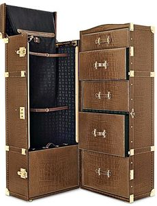 Gucci Big Travel Trunk I have always had a trunk fetish but they are timeless Trunk Furniture, Antique Furniture, Tall Cabinet Storage, Locker Storage, Large Suitcase, Steamer Trunk, Masculine Style, Travel Luggage, Luggage Bags