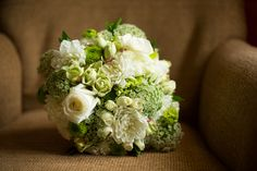 Lovebird Productions: Lovely Wedding & Relationship Blog: Green & Navy Downtown St. Louis Wedding