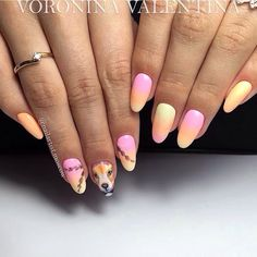 Almond-shaped nails, Drawings on nails, Ideas of gradient nails, Long nails, Pink nails with patterns, Summer gradient nails, Two-color nails, Vacation nails