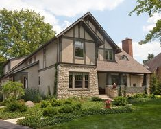 Craftsman Home Exterior Design Supported among Undeniable Grey Painting with Black Trims to Match with Jagged Stone Wall Craftsman Home Exterior, Stucco Exterior, Stucco Homes, Exterior Design, Craftsman Bungalows, Exterior Paint Colors, Exterior House Colors, Paint Colors For Home, Tudor Style Homes