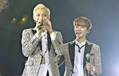 Luhan and Tao @ The Lost Planet Concert in Hong Kong cr: BABY99DOLL