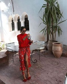 This year's popular color - light coffee color - Page 3 of 37 summer outfit Street style, street fas Mode Outfits, Fashion Outfits, Womens Fashion, Fashion Trends, Fashion Bloggers, Jeans Fashion, Fashion Weeks, Modest Fashion, Stylish Outfits