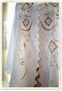 アンティーク カットワークブラウス - 【Belle Lurette】ヨーロッパ フランス アンティークレース リネン服の通販
