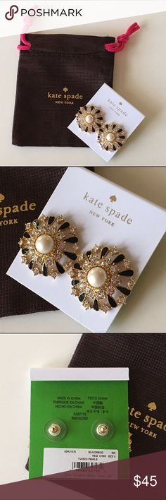 Kate spade tuxedo pearls earring NWT will comes with dust bag kate spade Jewelry Earrings
