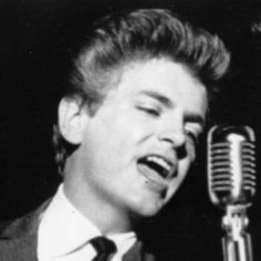 Phil Everly January 19, 1939 - January 3, 2014, Phil Everly died of complications from chronic obstructive pulmonary disease in Burbank, California. He was 74 years old.