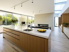 California House by InForm & Pleysier Perkins