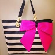 Resultado de imagen para purses bags and totes pink black