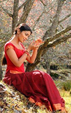 Shriya Saran - An Indian Movie Actor