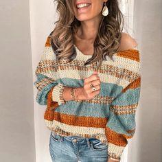 Pullover mit V-Ausschnitt Sexy V Neck Bishop Sleeve Sweater Bishop Sleeve, Crochet Clothes, Pulls, Long Sleeve Sweater, Knitwear, Knit Crochet, Sweaters For Women, Sexy, Clothes For Women