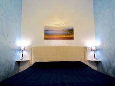 SAPPHIRE ROOM (photo A)