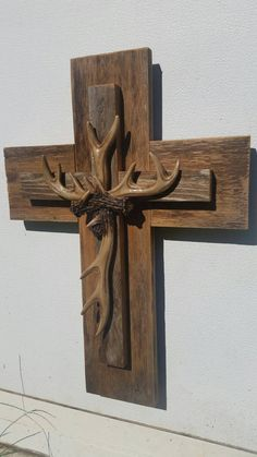 Rustic barn board antler cross Make with real sheds  @mydvinedesigns