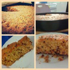 Ingredientes:  - 2 tazas de harina - 1 1/2 taza de azúcar - 1 cucharadita de levadura o polvos de hornear - 1 taza de zanahoria rallada - 3 huevos (separar las yemas de las claras . Batir las claras a punto de nieve e incorporarlas ) - 1/3 taza de aceite - Esencia de vainilla a gusto - Chispitas de chocolate (opcional) - Leche (por si la mezcla queda muy espesa)