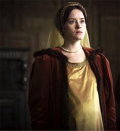 Claire Foy as Anne Boleyn. Tudor Costumes, Movie Costumes, Wolf Hall Tv, 16th Century Fashion, The Other Boleyn Girl, Tudor Fashion, The White Princess, Renaissance Era, Beautiful Costumes