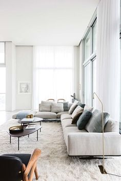 House tour: a beautifully modern penthouse apartment in Antwerp Vogue Living # Apartment Living Room Antwerp apartment beautifully House living Modern penthouse Tour vogue Living Room Modern, Living Room Sofa, Interior Design Living Room, Living Room Designs, Living Rooms, Small Living, L Shaped Living Room, Curtains Living, White Curtains