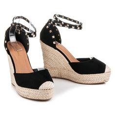 01d8de042768 32 najlepších obrázkov z nástenky Sandále (sandals)