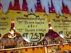 Auf dem wunderschönen Weihnachtsmarkt im mittelalterlichen Dinkelsbühl ist mir diese Streifenkarte der besonderen Art begegnet. Funktioniert eigentlich wie aus dem Öffentlichen Nahverkehr bekannt - und den sollte man nach Verbrauch der Streifenkarte wohl auch vorsichtshalber benutzen ;-)