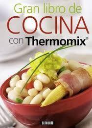 Desde hace dos años, como no tengo mucho tiempo, utilizo Thermomix para cocinar. Cuando llego a casa cojo mi libro de recetas, sigo los pasos y en un momento tengo una rica comida.