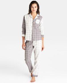 'Pijama' Largo de Mujer estampado en cuadros -de ÉNFASIS- | Pijama largo con estampado de cuadros grises. Compuesto por camisa de manga larga, con cierre de botones y bolsillo, y pantalón largo || El Corte Inglés