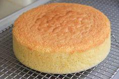 Sponge Cake Recipe – Japanese Cooking 101 – All Recipes Food Cooking Network Japanese Sponge Cake Recipe, White Sponge Cake Recipe, Food Cakes, Cupcake Cakes, 7 Cake, Cupcakes, Cooking 101, Cooking Recipes, Pasta Recipes