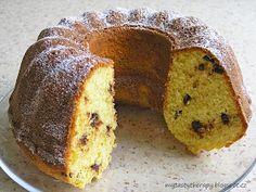 Tasty Therapy: Kokosová bábovka s kousky čokolády Desert Recipes, Muffin, Food And Drink, Bread, Baking, Breakfast, Sweet, Blog, Ring Cake