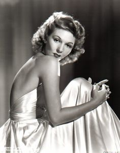 Mary Martin on a Backless Silk Dress Portrait Premium Art Print Old Hollywood Glamour, Hollywood Stars, Classic Hollywood, Pictures Of Mary, Mary Martin, Grave Memorials, Celebs, Celebrities, Classic Beauty