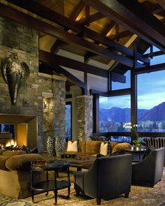 Aspen Manor Great Room by Charles Cunniffe Architects, Aspen Colorado. Photo by David O. Marlow
