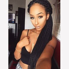 HAIRSPIRATION| These #boxbraids on @Yes_Im_Beautifull are GORGEOUS❤️ Long hair don't care #VoiceOfHair ___________________________________ Sign up for our EBook to find more #Hairspiration at VoiceOfHair.com ========================= Go to VoiceOfHair.com ========================= Find hairstyles and hair tips! =========================