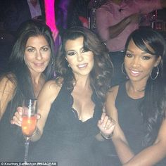 'Up in tha club': Kourtney Kardashian posted a picture of herself drinking with friends at the Hyde Bellagio nightclub