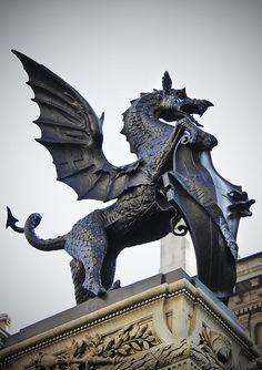 Temple Bar 'Dragon Supporter' Fleet Street, London, UK